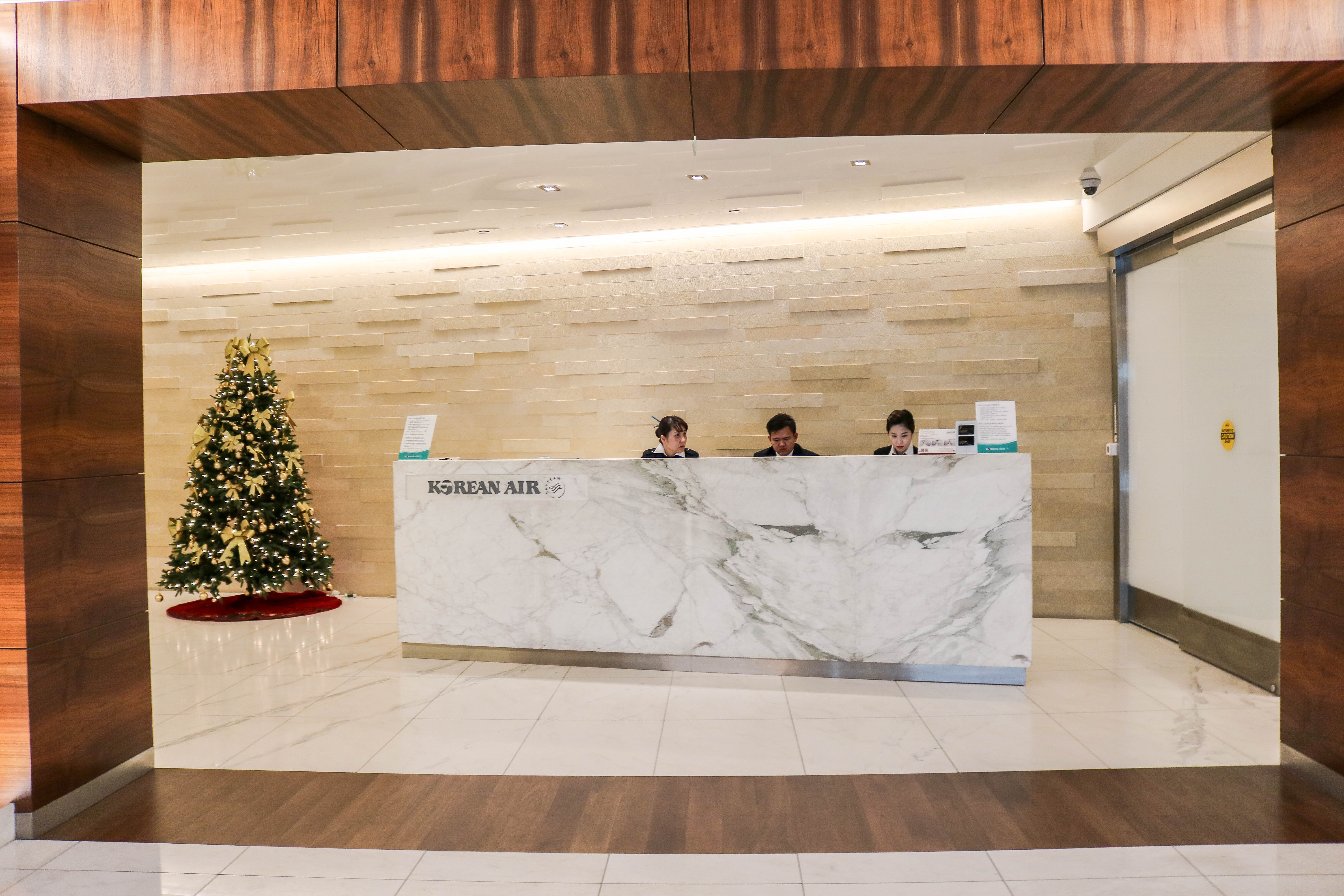 Korean Air Business Class Lounge at LAX Airport
